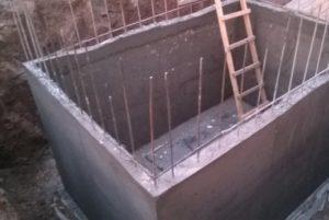 Монолитная конструкция кессона из бетона