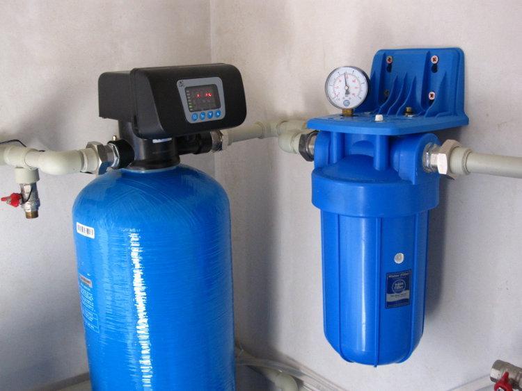 Фильтр-обезжелезиватель для воды