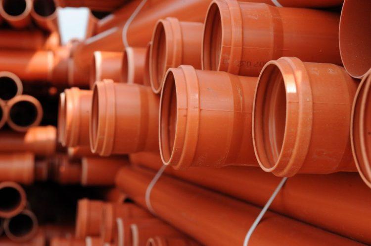 Для внешней канализации трубы пластиковые
