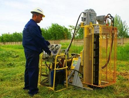 Агрегат для бурения скважины