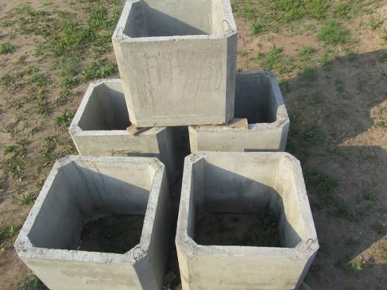 Похожие бетонные конструкции бывают и прямоугольными