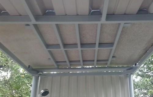 Душевой потолок