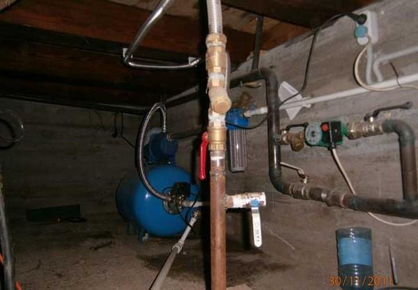 Установка станции в подвале дома