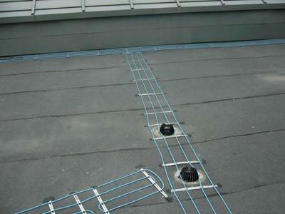 Расположение нагревательных элементов на плоской крыше