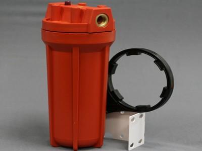 Устройство для фильтрации горячей воды