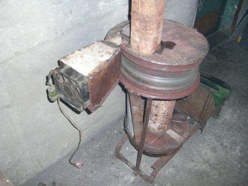 Печь, работающая на отработанном масле (самодельная)