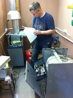 Ознакомление с инструкцией по ремонту агрегата