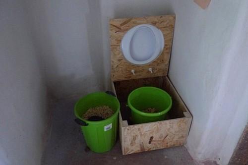 Сухой туалет может стать заменой классическому