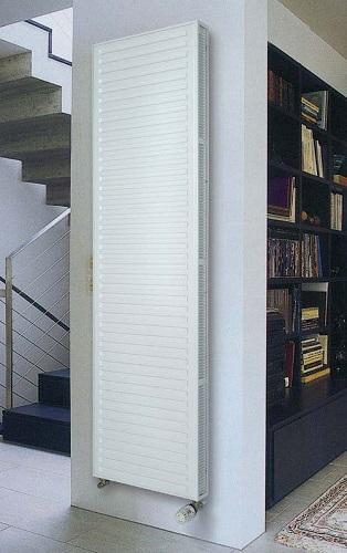 Вертикальный радиатор (панельный)